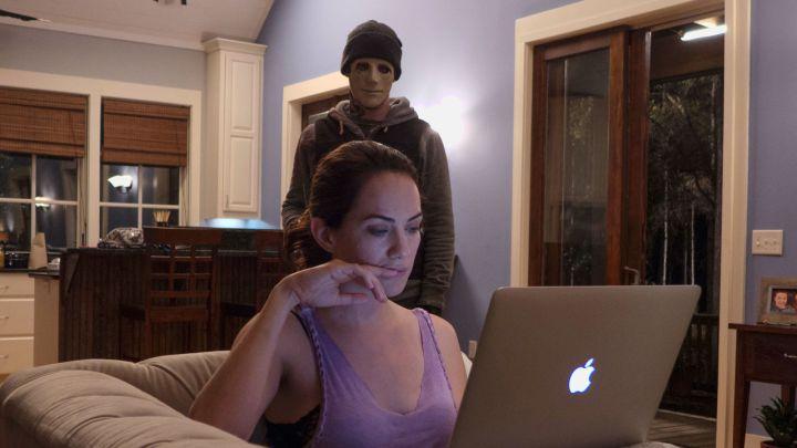 【80点】聴覚障碍者が戦うホラー映画「サイレンス」評価と感想