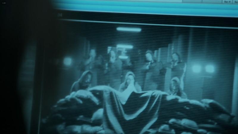 ペーパーハウス:これを見て「どれが人質か分からない」と撤退する