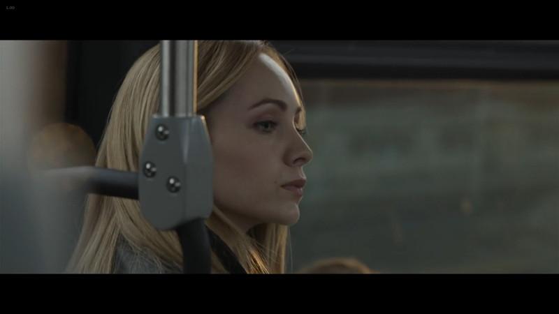 ペット 檻の中の乙女:セスがバスでホリーを見かける
