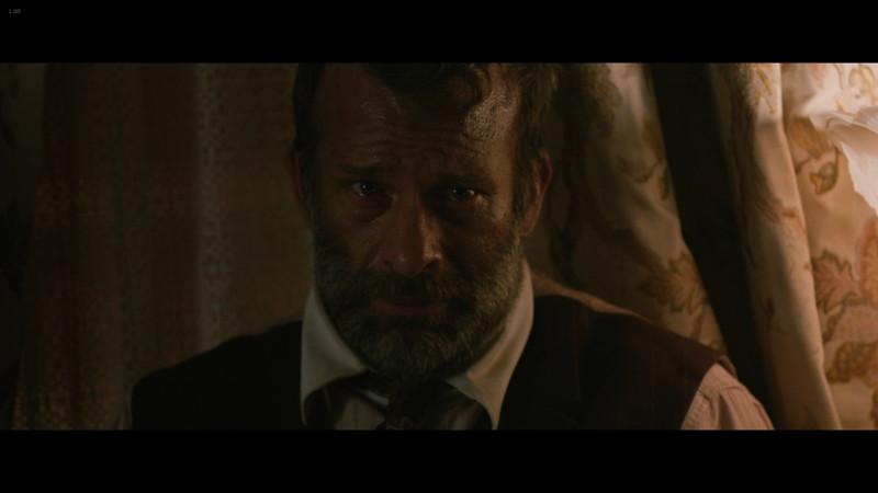 破滅した人生を悔やんでいるウィルフレッド