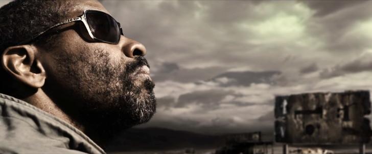「ザ・ウォーカー」の考察。イーライは盲目か。最後の男は誰か。:盲目のイーライは、看板ではなく「太陽」を指標に行先を決めている