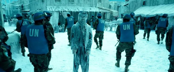 「ジオストーム」感想:急に凍結したであろう街で凍ってる人