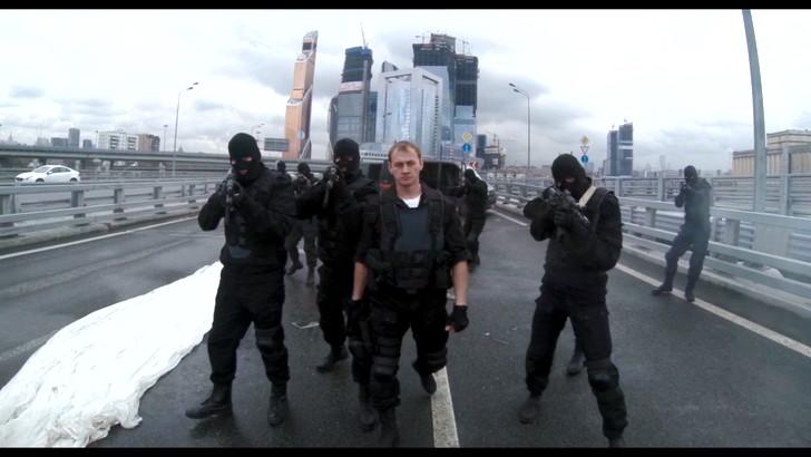 【80点】FPS視点の超アクション映画「ハードコア」評価と感想:良い点:素晴らしいアイディアの数々