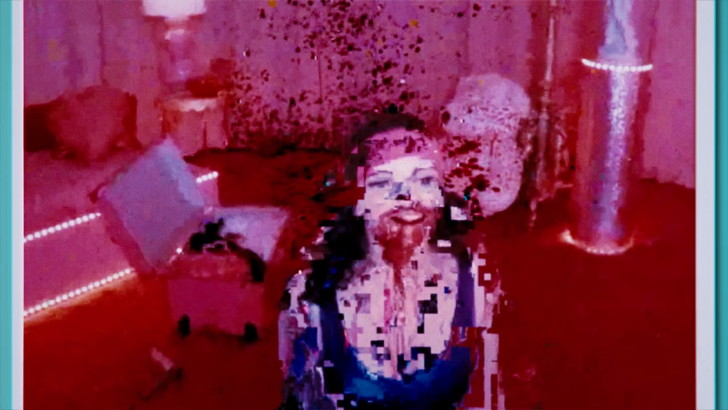配信映像特有の「映像の乱れ」を利用したホラー演出