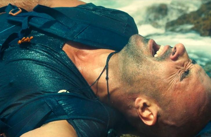 【Netflix・映画感想】「solo(ソロ) 孤独の淵で」の魅力〇個。海で遭難した一人の男の実話