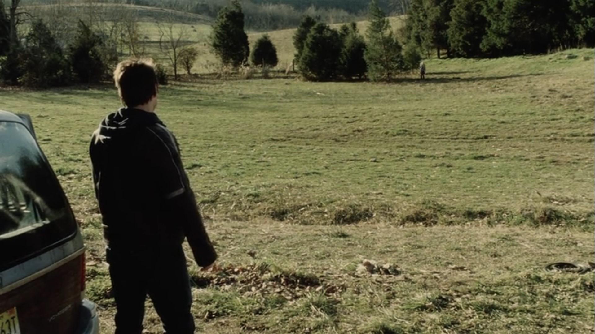 【感想】「宇宙戦争(2005)」の魅力6個。圧倒的な侵略者を前に、何ができるのか?: 安息地を求めてさまよう、ロードムービー要素